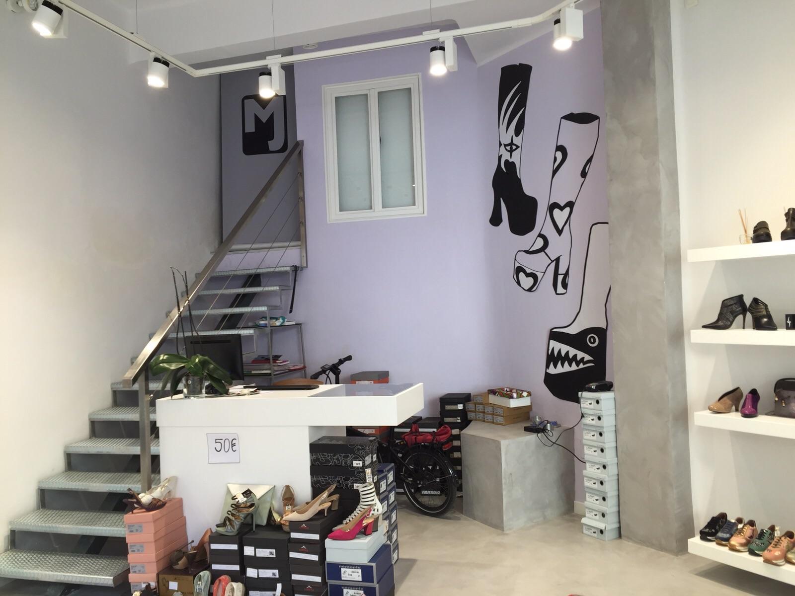 Decoraci n de local comercial con pintura pintores - Decoracion de interiores malaga ...